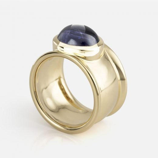 'Candies' ring in yellow gold with iolite