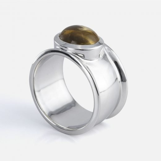 'Candies' ring in white gold with smoky quartz cabochon