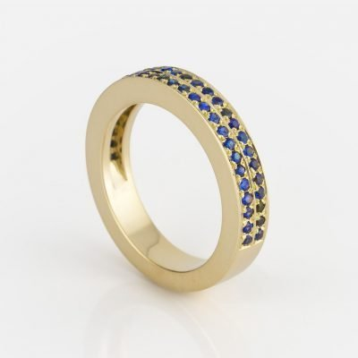 'Ceilão' ring in yellow gold with Celanese sapphires