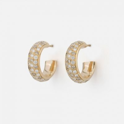Pair of 'Fancy' earrings in yellow gold with brown diamonds and white diamonds