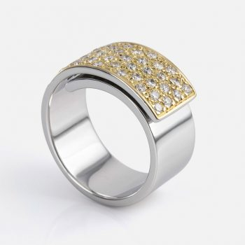 """Dupla Dobra"" ring in white gold and yellow gold."