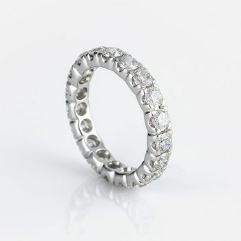 """Memórias"" ring in white gold and diamonds"