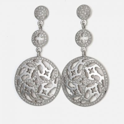 "Pair of ""Promessa de Amor"" earrings in white gold with diamonds."