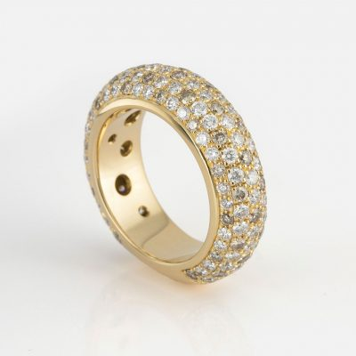 """""""Fancy"""" ring in yellow gold with brown diamonds and white diamonds."""