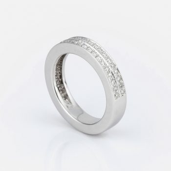 """Twice"" ring in white gold with diamonds."