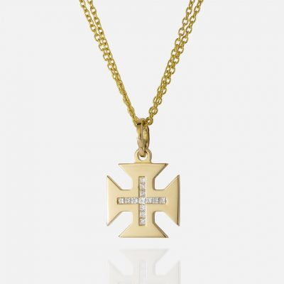 "Yellow gold ""Boa Esperança"" double chain and cross and carré diamonds."