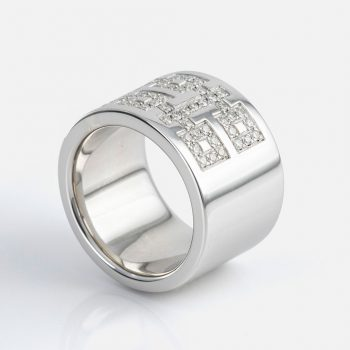 """Oriente - Dupla Felicidade"" ring in silver with diamonds."