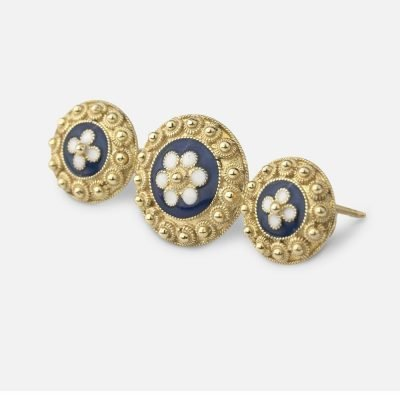 Filigree pin in enamel and gilded silver