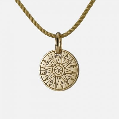'Right Course' pendant in yellow gold