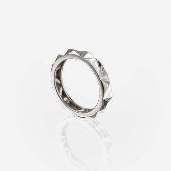 'Les Pyramides' ring 4 mm in white gold