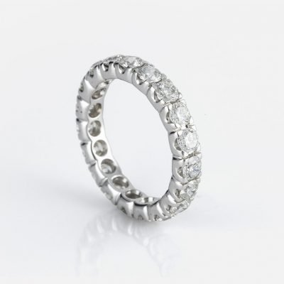 'Memórias' ring in white gold and diamonds