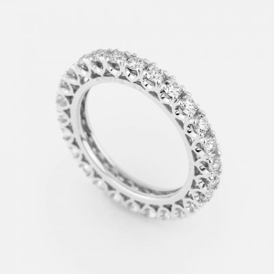 """Forever"" ring in white gold with 26 diamonds"