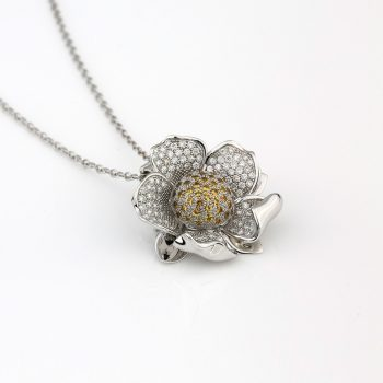 """""""Embondeiro"""" Flower necklace / brooch in gold, diamonds and sapphires"""