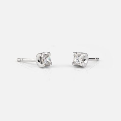 """Princess"" earrings in white gold with diamond"