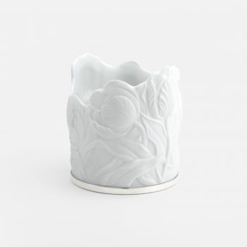 """""""Tulipa"""" candle-holder in porcelain and silver"""