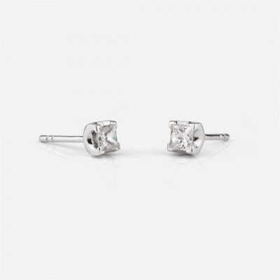 'Princess' earrings in white gold with diamond