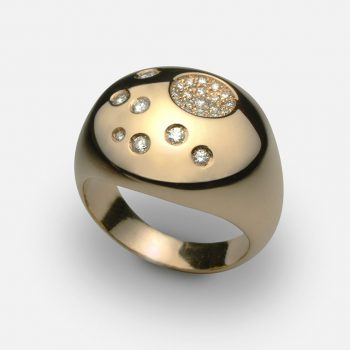 """Summer Sky"" ring in yellow gold and diamonds"