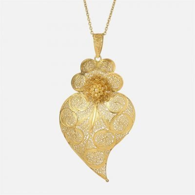 Yellow gold 'Heart of Viana' filigree pendant