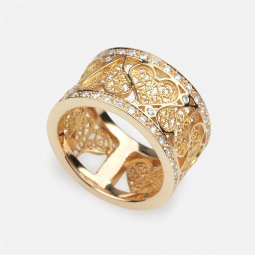'Portuguese Heart' ring in gold and diamonds