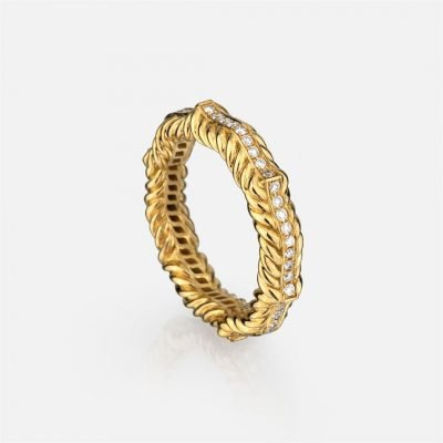 Ganda Godron ring in yellow gold and diamonds