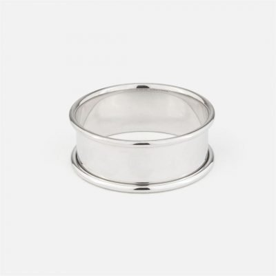 Napkin ring in silver – Half round cane model