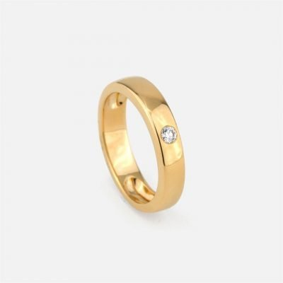 Round 'Shapes' ring in yellow gold with diamond